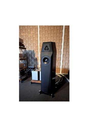 Новые акустические системы от Peak Consult